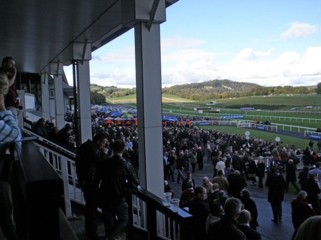 chepstow racecourse picture image