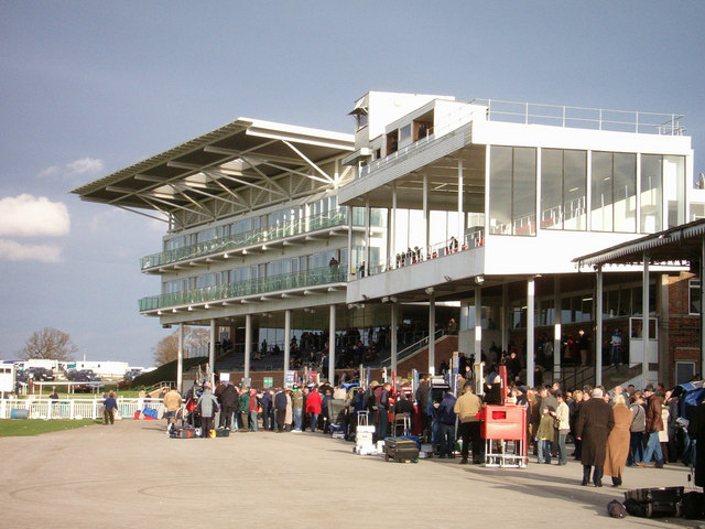 picture image of the grandstand at wetherby racecourse